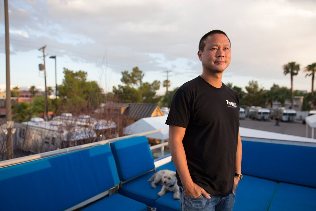 Tony Hsieh thay doi Las Vegas anh 2