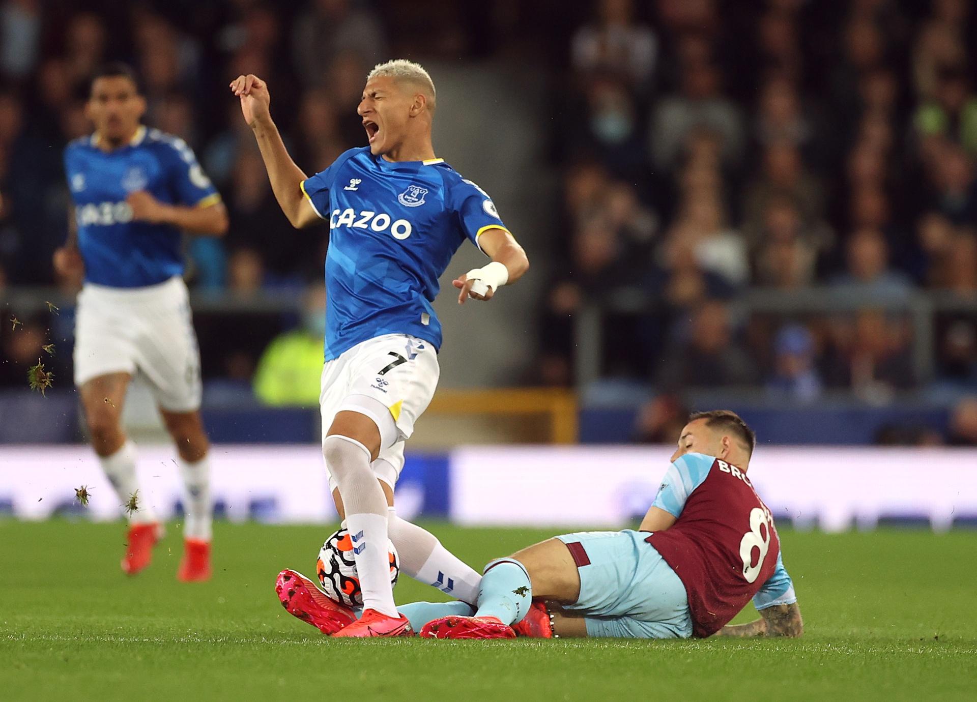 Everton bang diem MU anh 2