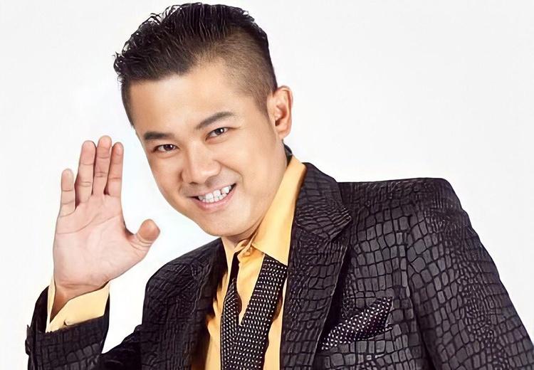 Le tang Van Quang Long anh 1