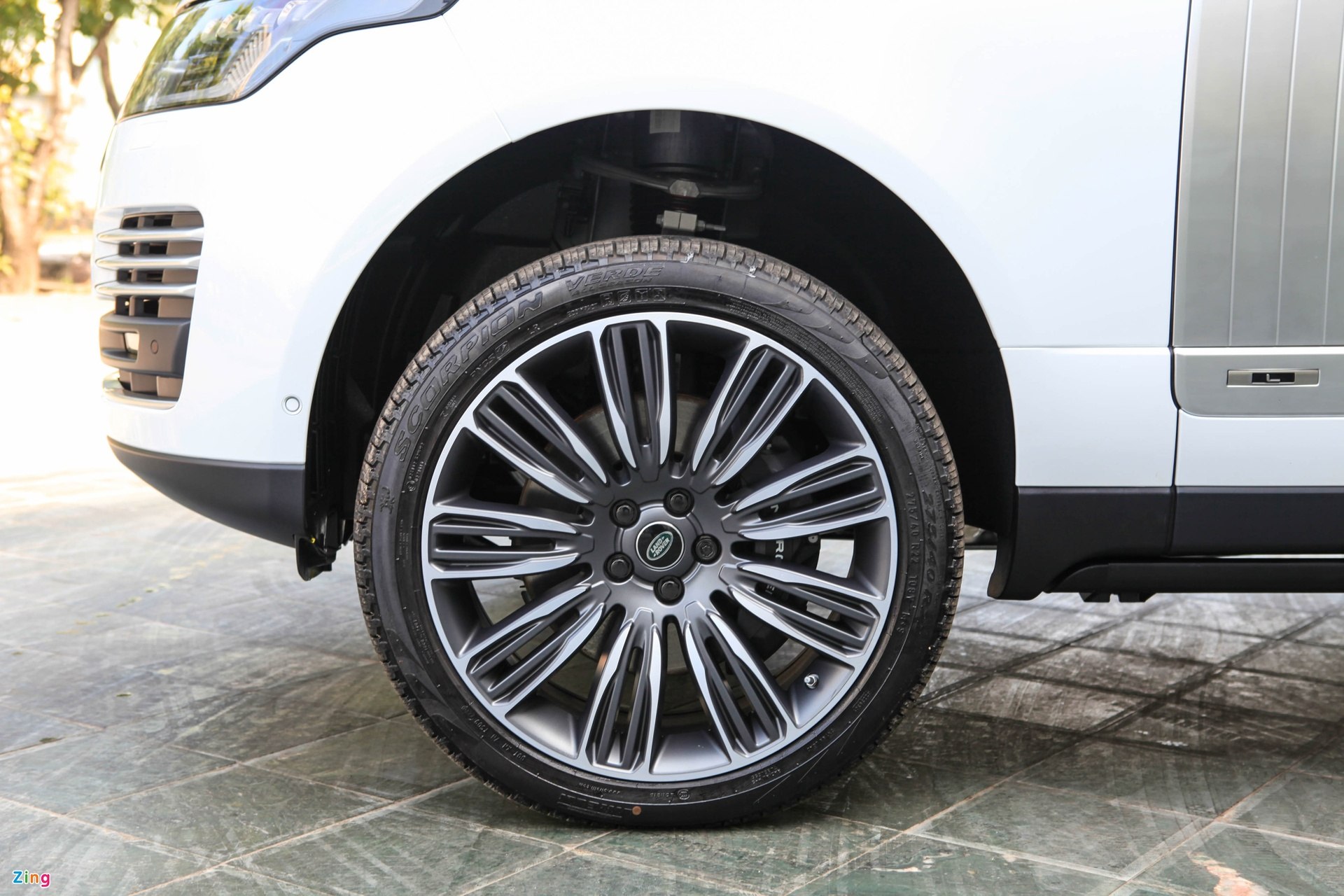 Chi tiet Range Rover Autobiography LWB 2020 anh 6