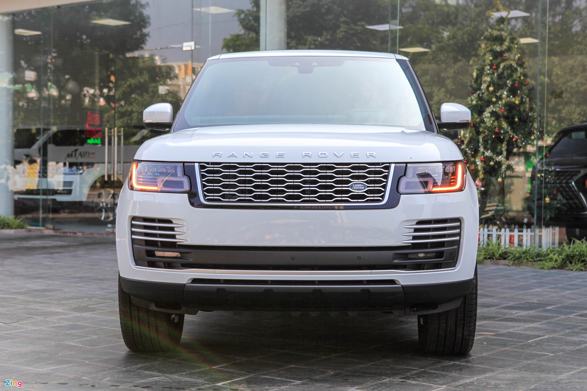 Chi tiet Range Rover Autobiography LWB 2020 anh 4