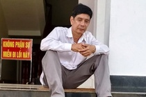 Vu tu tu o TAND Binh Phuoc: Vi sao nguoi co loi van vo can? hinh anh