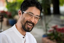 Johnny Tri Nguyen noi ve ve ngoai gia nua: 'Khong thay doi moi la soc' hinh anh