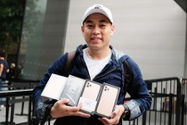 iPhone 11 dong loat mo ban nhieu nuoc, ifan Viet no nuc khoe may moi hinh anh