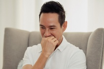 Ly Hai: 'Chi chech mot chut, toi va Mac Van Khoa da mat xac tren song' hinh anh