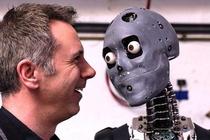 Robot doc don xin viec va noi toi nen that nghiep thi hon hinh anh