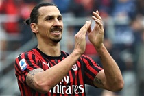 Ibrahimovic di vao lich su Serie A sau chien thang cua AC Milan hinh anh