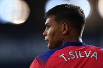 Man ra mat tham hoa cua Thiago Silva o Premier League hinh anh