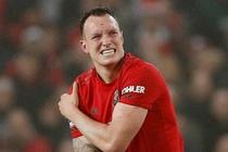 MU thua 0-2 tren san nha truoc Burnley hinh anh