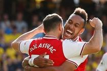 Watford 1-2 Arsenal: Aubameyang toa sang hinh anh