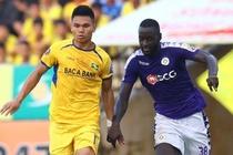 SLNA 0-0 CLB Ha Noi: Quang Hai sut phat nguy hiem hinh anh