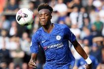 Chelsea mo ty so, Tottenham bi dan truoc tren san nha hinh anh