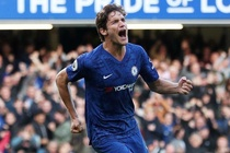 Chelsea 1-0 Newcastle: Marcos Alonso toa sang hinh anh