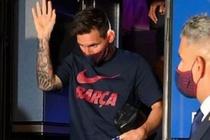 Messi ra mat xin loi khi dong doi bi CDV chi trich hinh anh