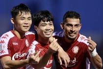 CLB TP.HCM 3-1 Nam Dinh: Cong Phuong lap cu dup hinh anh