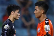 CLB Ha Noi 3-2 CLB Da Nang: Bui Tien Dung co tran dau dang quen hinh anh