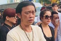 Hoai Linh khoc, nho ky niem cu khi tien biet nghe nhan Thanh Giao hinh anh