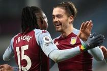 Aston Villa day Chelsea xuong vi tri thu 9 hinh anh