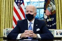 Tong thong Biden: Ong Trump de lai mot buc thu 'rat tu te' hinh anh