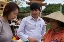 Can bo thon o Quang Binh tra lai 400 trieu dong Thuy Tien trao cho dan hinh anh