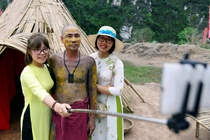 Thao do phim truong 'Kong: Skull Island' tai danh thang Trang An hinh anh