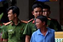 Thai phu va con gai chet trong phong tro o Binh Duong voi vet cat o co hinh anh