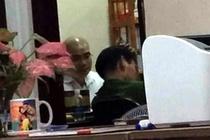 Nguyen Thai Luyen chung kien canh sat kham xet Alibaba den nua khuya hinh anh