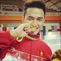 Hot boy Viet Nam Idol chinh phuc SEA Games hinh anh