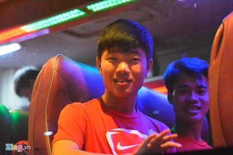 2 tuyen thu U19 suyt lo chuyen bay sang Brunei hinh anh