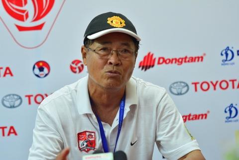 HLV Dong Nai lay tien tui thuong doi nha 100 trieu hinh anh