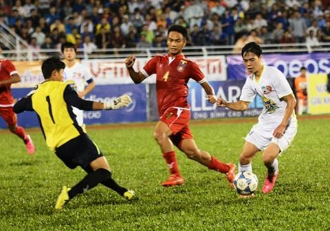 'U21 HAGL chi biet tan cong, khong biet phong ngu' hinh anh
