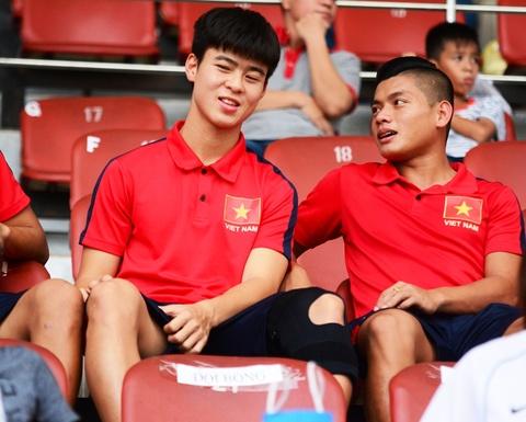 Duy Manh dinh chan thuong nang truoc dot tap trung U23 VN hinh anh