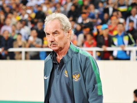 alfred riedl dan dat indonesia du aff cup hinh anh