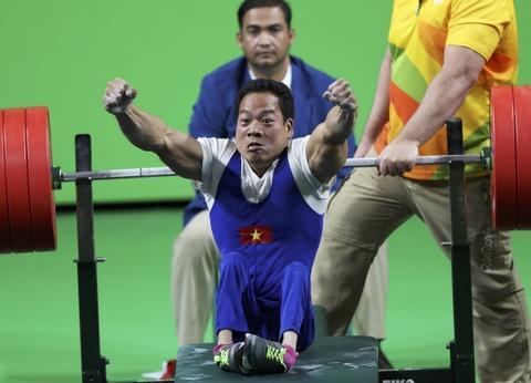 Le Van Cong gianh HCV dau tien cho Viet Nam o Paralympics hinh anh