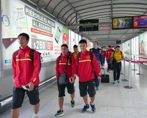 Tuyen futsal Viet Nam di chuyen den noi moi de gap Italy hinh anh 2