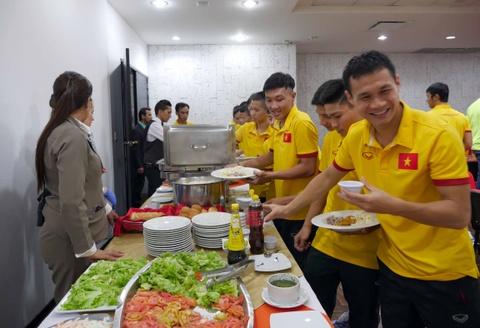 Tuyen futsal Viet Nam di chuyen den noi moi de gap Italy hinh anh 4