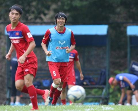 Cong Phuong, Tuan Anh cuoi tuoi cho gap Philippines hinh anh 2