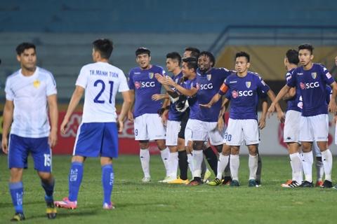 Bau Hien dong vien Quang Nam sau tran thua CLB Ha Noi hinh anh 1