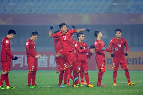 U23 Iraq bat khoc, lang nhin U23 Viet Nam an mung chien thang hinh anh 3