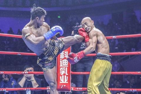 'Thanh Muay Thai' Buakaw: Mot nha su, mot cu nhan va mot huyen thoai hinh anh 4