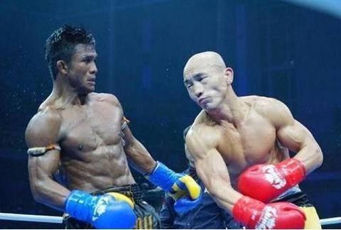 kickboxer hinh anh
