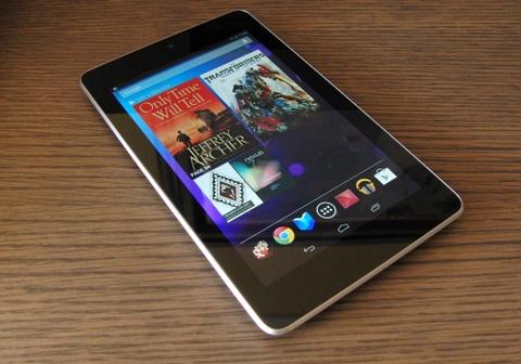 Nexus 7 the he cu khan hang tai Viet Nam hinh anh