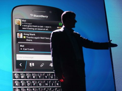 BlackBerry – ban chang ai mua hinh anh