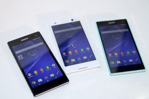Sony Xperia C3 Dual chuyen chup tu suong len ke tai VN hinh anh