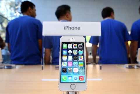 Tai sao iPhone dang gia 3 trieu USD neu ra doi nam 1991? hinh anh