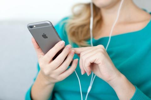 Apple, den luc khai tu iPhone 16 GB hinh anh