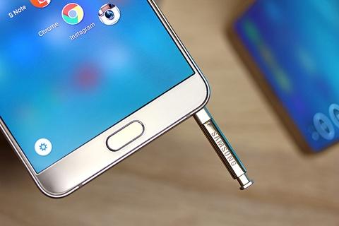 Samsung: Nguoi dung nen cam but S Pen dung chieu hinh anh