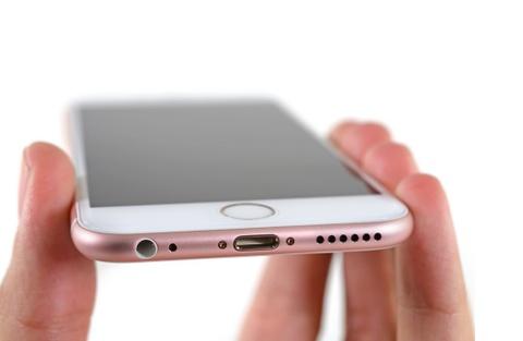 Phi linh kien cua iPhone 6S 64 GB la 245 USD hinh anh