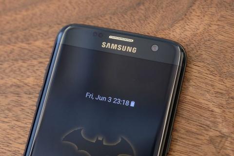 Anh thuc te Galaxy S7 edge ban nguoi doi hinh anh 3
