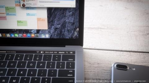 Ban dung MacBook Pro khien tin do Apple xon xao hinh anh 3